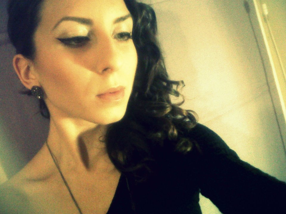 vass single personals Laura vass from romania overview total views, likes or dislikes have been done by laura vass as summary total views, likes or dislikes have been done by laura vass as summary last released singles and most often chart achieves.